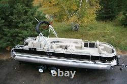 Just in-New 24 two tube pontoon boat with 90 hp and trailer
