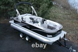 New 22 ft high end cruise pontoon boat with 115 hp and trailer