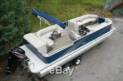 New 26 ft pontoon boat with 115 and trailer