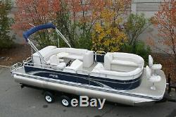 Scratch and dent New 25 ft bow Fish with 115 hp and bunk trailer