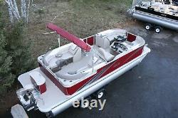 Triple tube-New 24 ft pontoon boat with 150 hp and trailer
