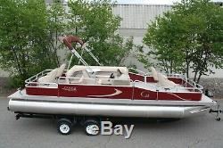Wow-New 24 ft pontoon boat 60 hp and dual bunk trailer